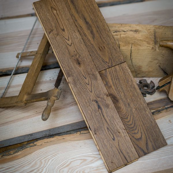 Montaż i cyklinowanie podłóg drewnianych - OHRPOL